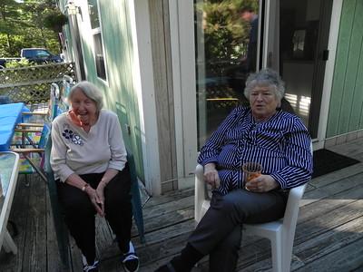 Hazel Sutherland, Lois Whelan
