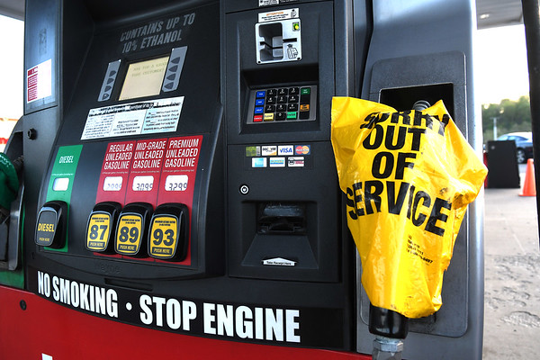 Krogers at Beckley Crossing 20,000 gallon unleaded tank got empty out and was provided 3500 gallons at 8 p.m. Tuesday. Krogers on Harper Road was also empty and they provided them 5000 gallons by PTC in Roanoke, Va.<br /> (Rick Barbero/The Register-Herald)