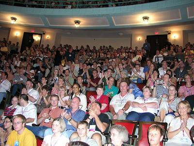 crowd applauds2