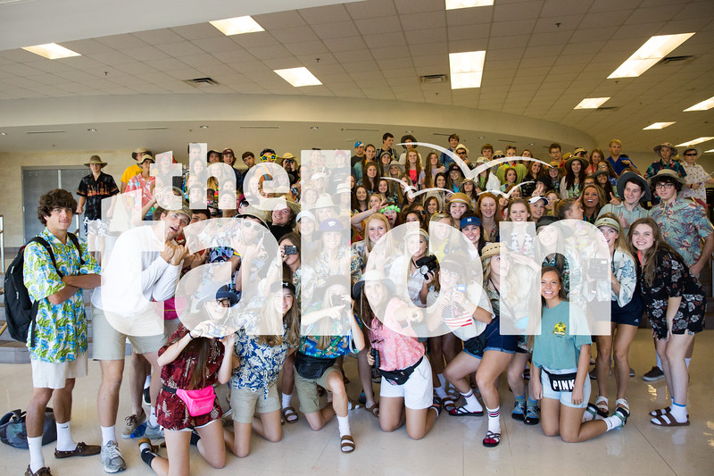 Students participate in Tacky Tourist Day on 10/20/15 in Argyle, Texas. (Photo by Caleb Miles / The Talon News)