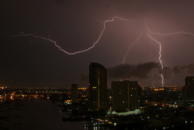 Riverside Lightning (Bangkok)