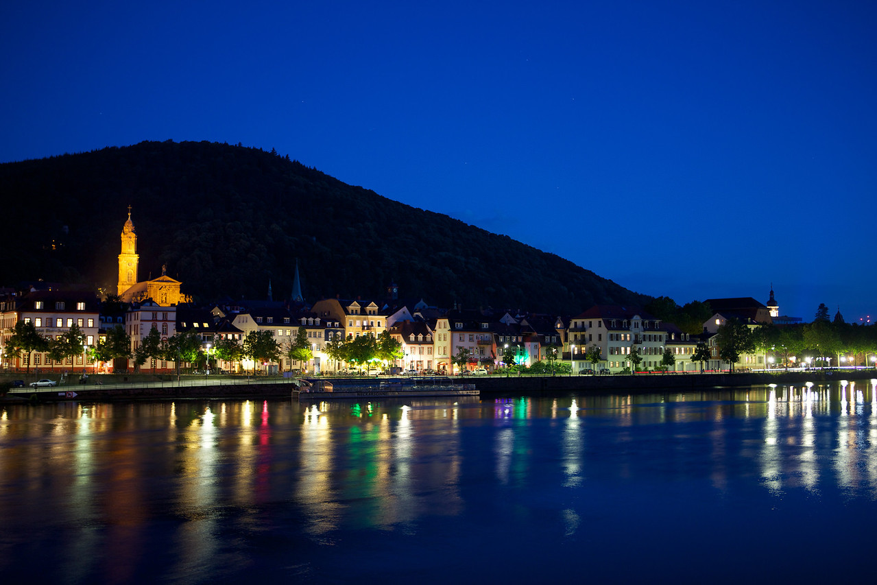 This is one of my favorite photos of Heidelberg at night.