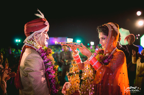 Best-candid-wedding-photographer-jaipur-udaipur-india
