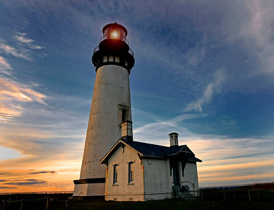 Yaquina Head Lighthouse - Newport Oregon
