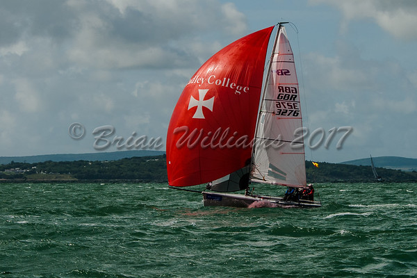 SB 20 TROUBLE & STRIFE racing at Lendy Cowes Week 2017