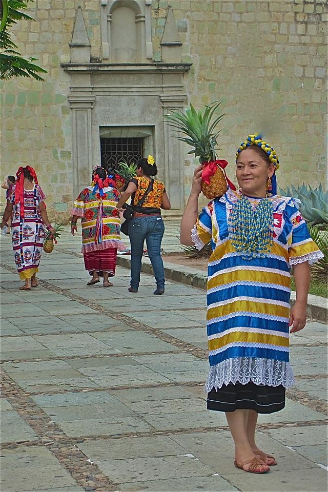 El Mundo Latino