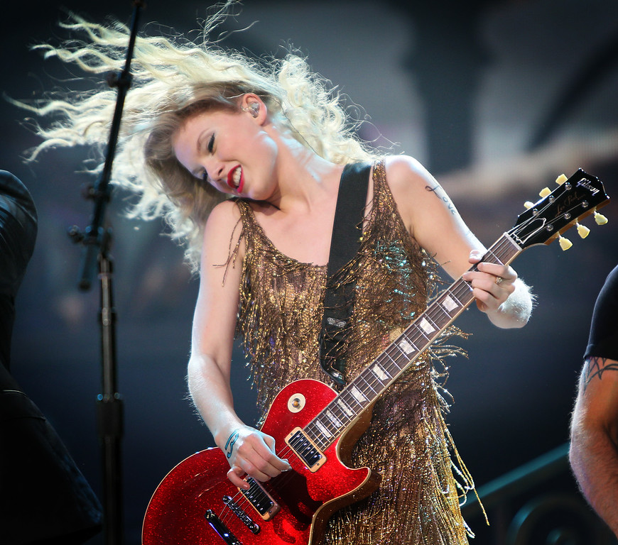 Taylor Swift performed at the Xcel Energy Center in St. Paul, Minn. © STAR TRIBUNE