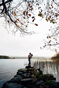Les mariées au lac a Loch Gill à Sligo, Irlande