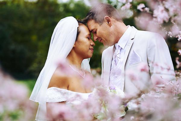 Les mariées dans le jardin du Château