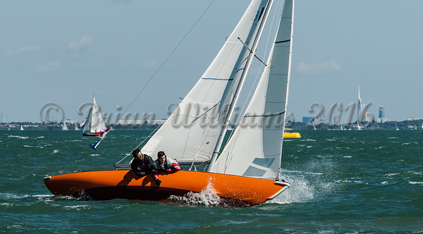 Seaview Mermaids; U6 ROSEMARY at the Royal Sqadron start line Cowes Week 2016 day 1