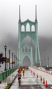Portland Marathon on St Johns bridge