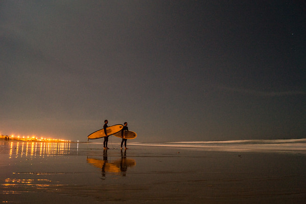 Full moon surf