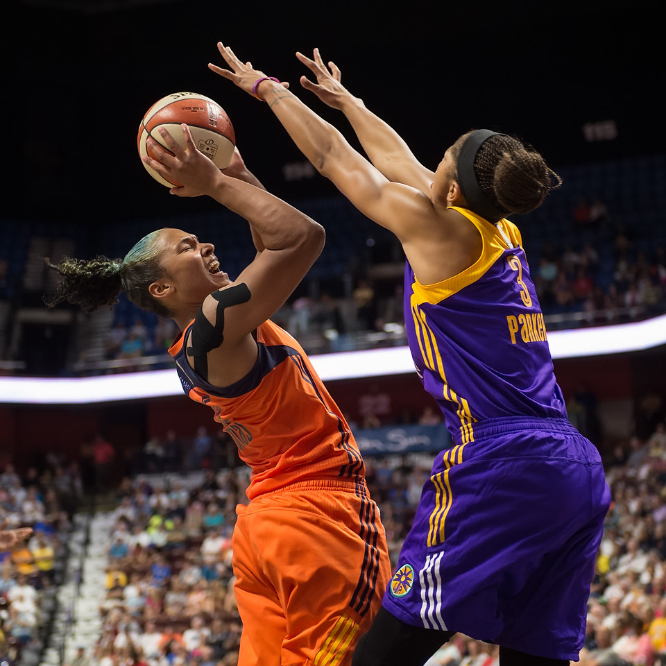 Los Angeles Sparks vs Connecticut Sun July 15, 2016
