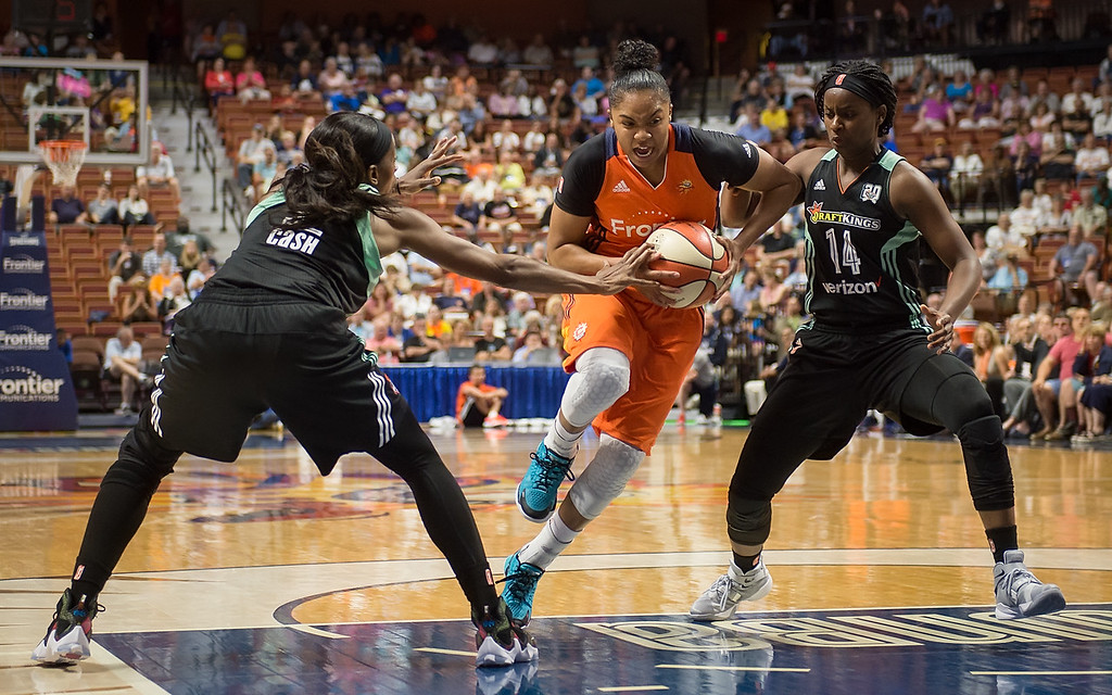 New York Liberty vs Connecticut Sun June 16, 2016
