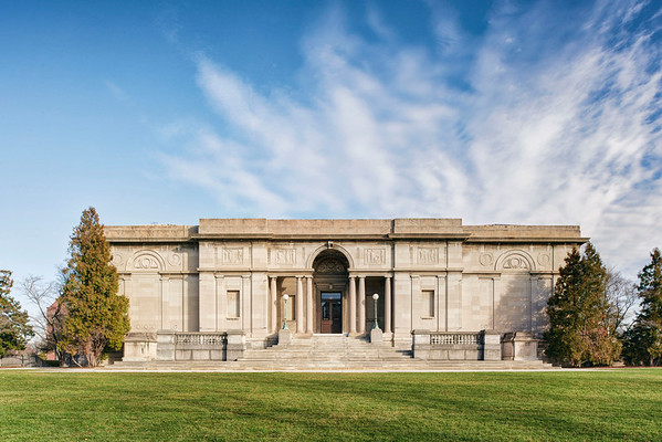 Exterior view of the University of Rochester's Memorial Art Gallery, Rochester, NY. Photo by Brandon Vick, http://www.brandonvickphotography.com/