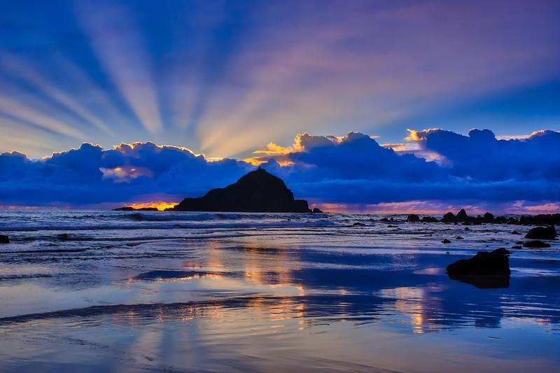 Sunrise on Koki Beach