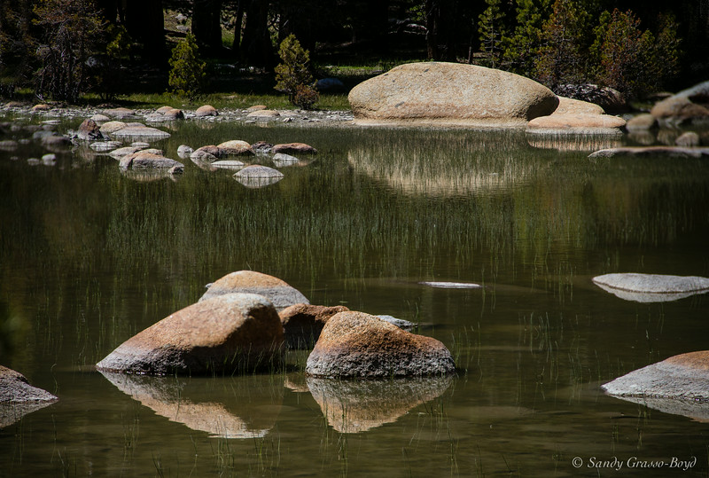 rock reflections off tioga pass road