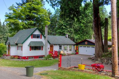 Character Home - Vancouver Island, British Columbia, Canada