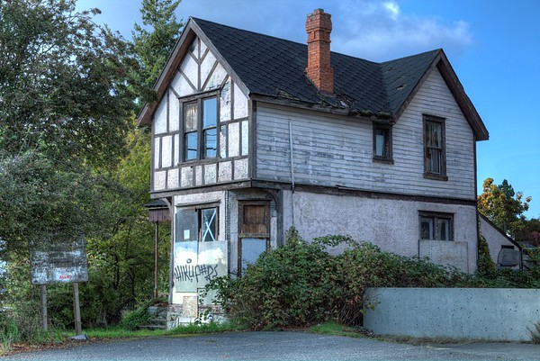 Higgledy-Piggledy House - Victoria, BC, Canada