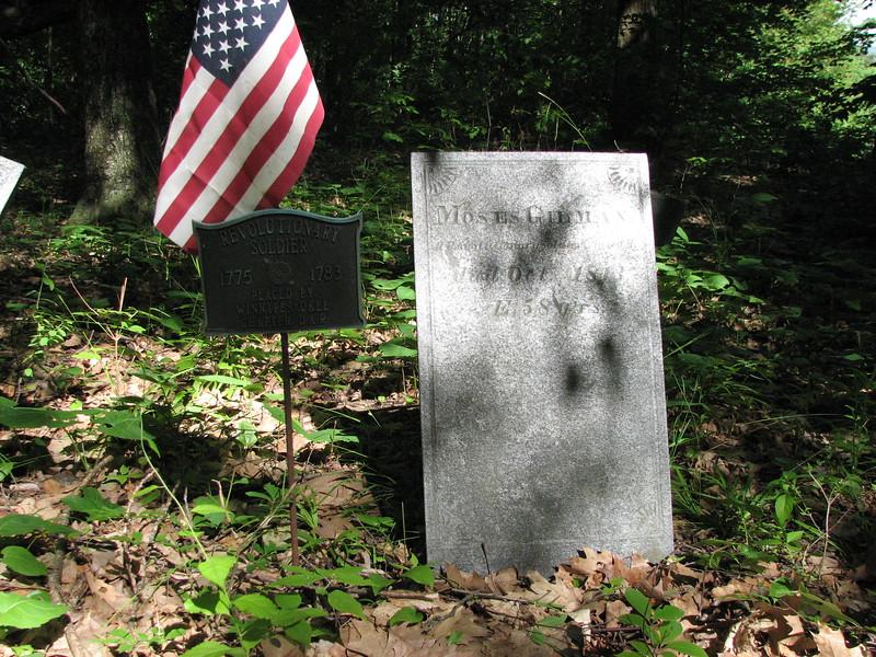 Gravestone of Moses Gilman