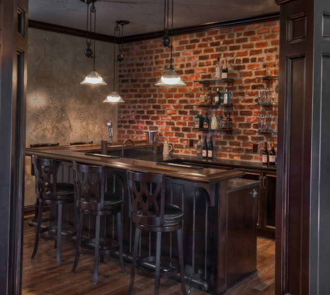 Memmer Homes wet bar