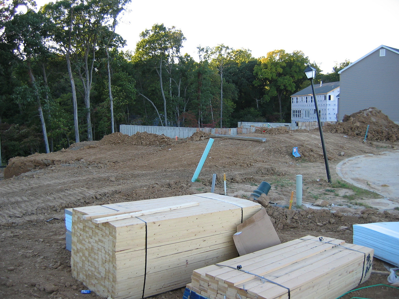 FrontView of the Foundation from the left September 28