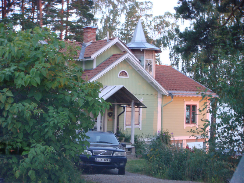 Ann Marie Ekdahl and Family home on the way to Morviken