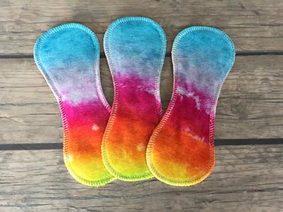 "THREE Light Flow Comfort Contour Pads - ""rainbows bright"""