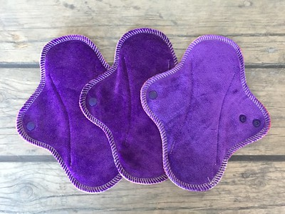 """THREE Teeny Moderate Flow Wrap Wing Pads - """"eminence"""""""