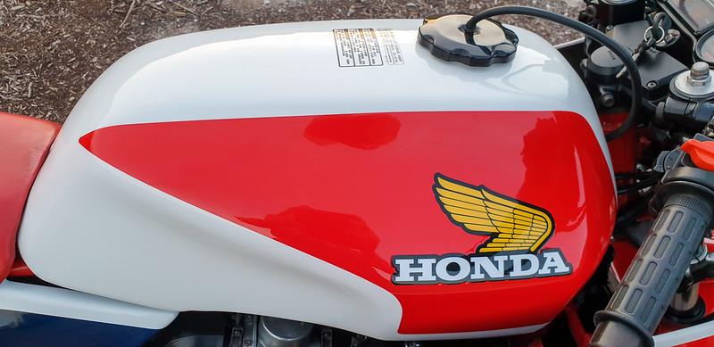 Honda CB1100RC -  (33)