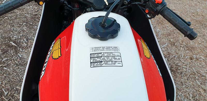Honda CB1100RC -  (39)