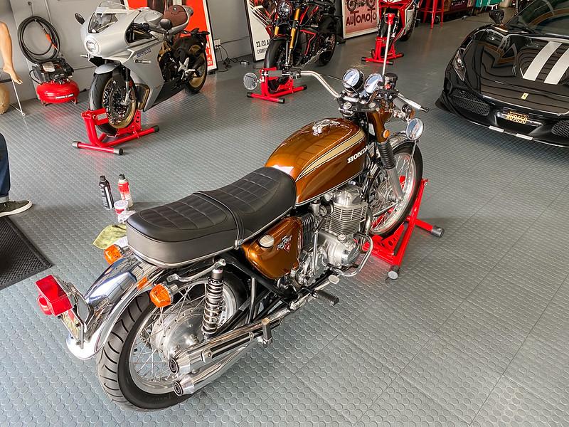 Honda CB750 -  (1)