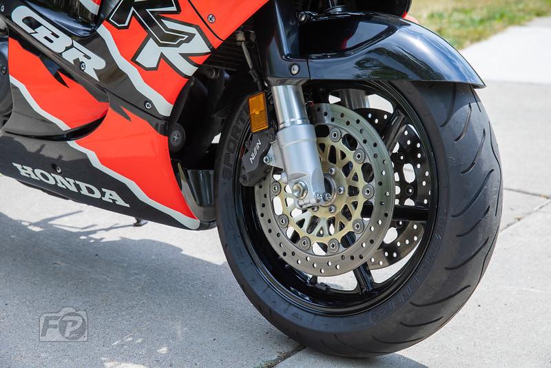 Honda CBR900RR -  (10)