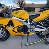 Honda CBR900RR -  (11)