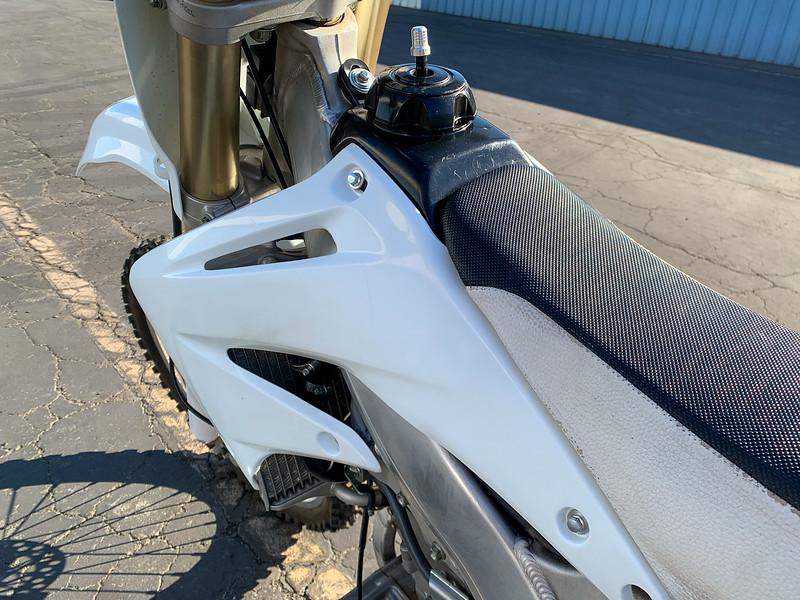 Honda CRF450R -  (1)