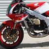 Honda NSR250SP -  (10)