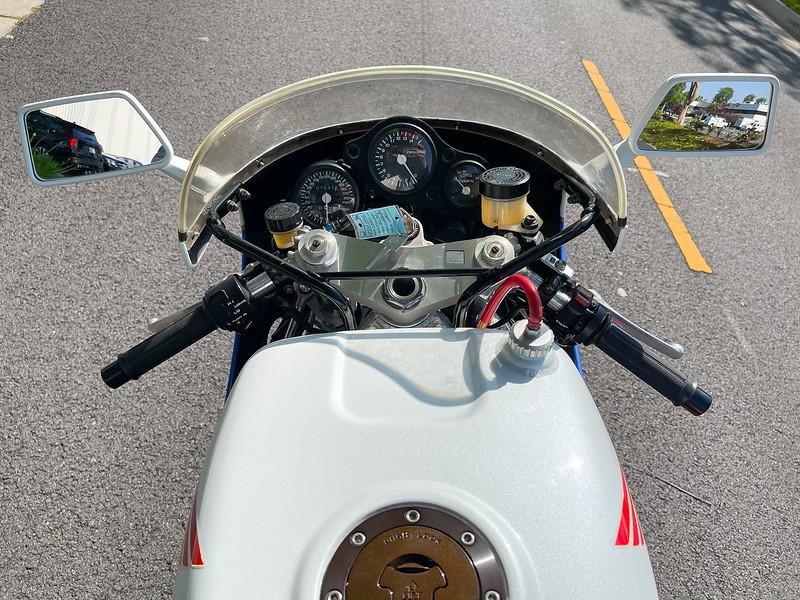 Honda RC30 -  (106)