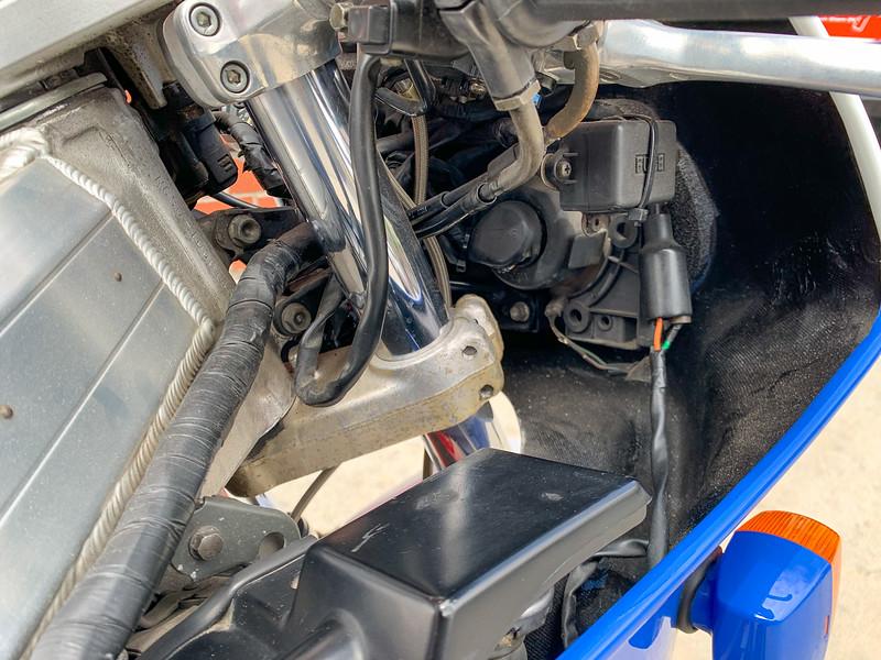 Honda RC30 -  (1)