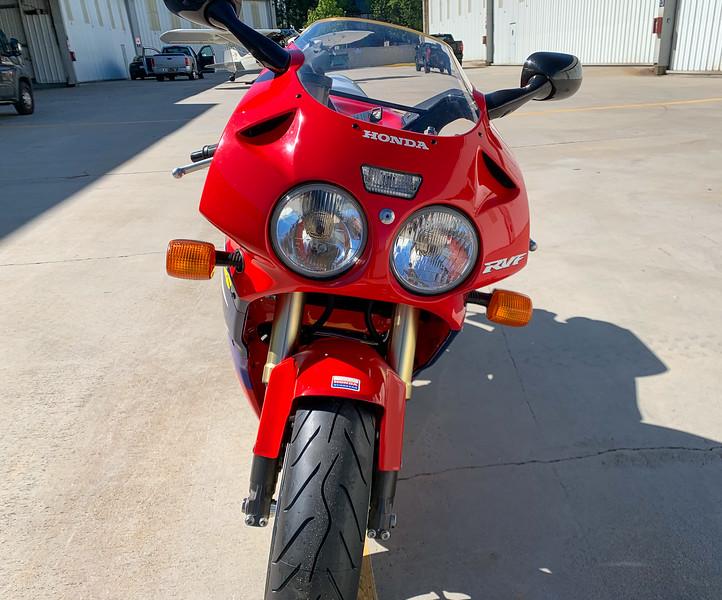Honda RC45 -  (40)