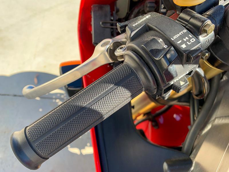 Honda RC45 -  (15)