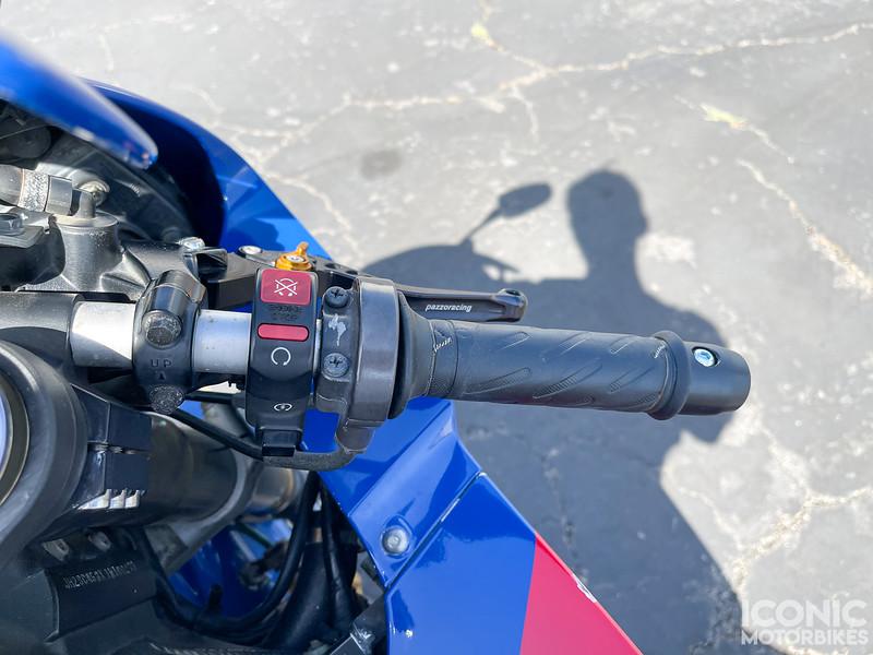 Honda RC51 -  (112)