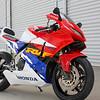 Honda RVF400 NC35 -  (3)