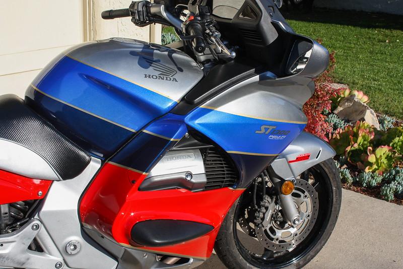 Honda ST1300 -  (9)