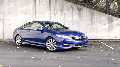 2017 Honda Accord Coupe EX-L V6 HFP Parked Footage