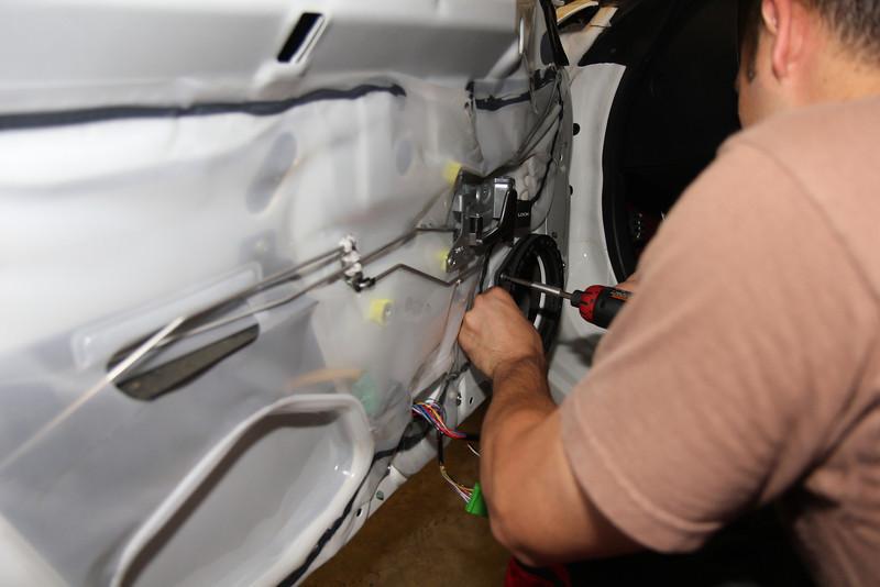 "Installing speaker rings from    <a href=""http://www.car-speaker-adapters.com/items.php?id=SAK033""> Car-Speaker-Adapters.com</a>   on to door"