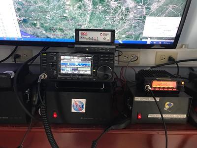 Icom 7300 - Dragon 7400 Modem- KPC3 TNC - Alinco VHF
