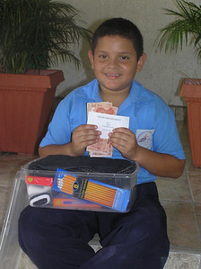 AN3049 Gerardo David Cruz HC711