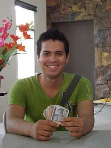 AN709 Luis Fernando Torrez FOC253