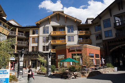 Squaw Valley Village (4)