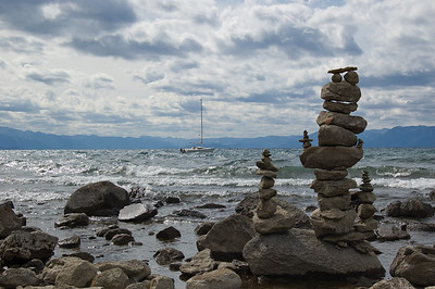 Stone Stacking (1) I have no idea why people do this, but someone spent a lot of time piling up this little creation.